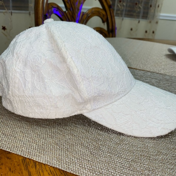 Cotton On Accessories - Cotton On Laced Hat